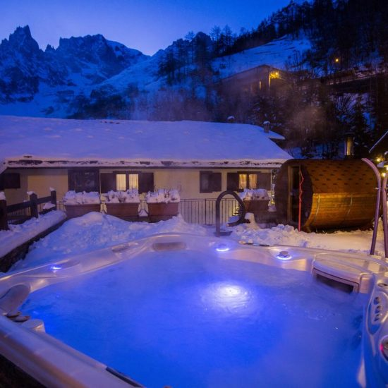 Hotel Pilier d'Angle_Hottub
